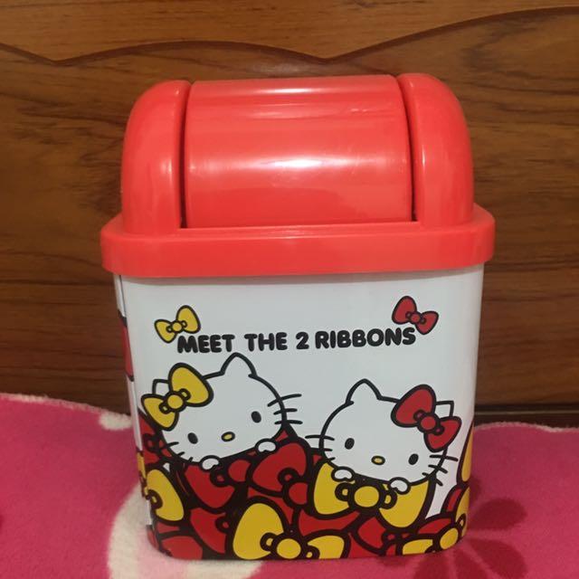 Hello Kitty 小垃圾桶