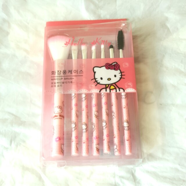 💗Hello kitty brush set kabuki 💗