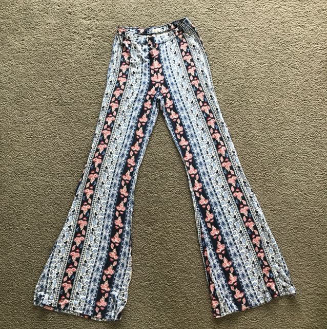 Hollister groovy festival high waisted pants