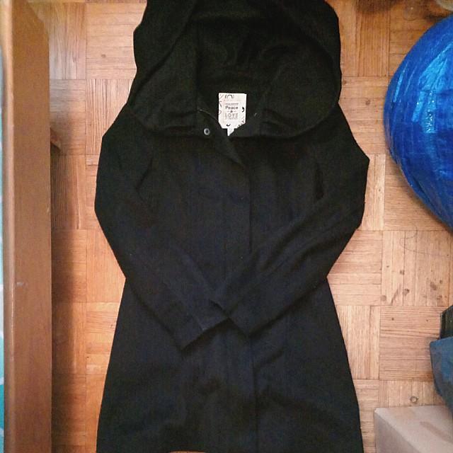 Large hood coat