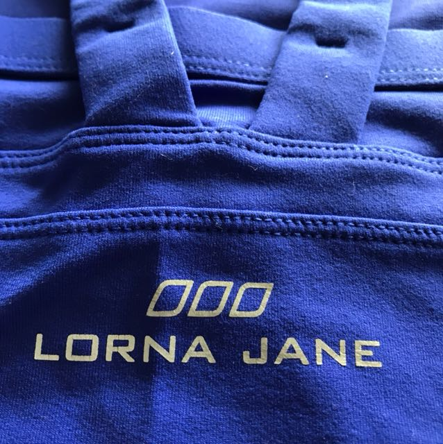 Lorna Jane top