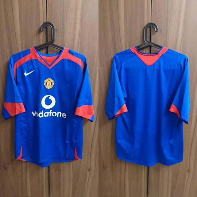 bb5c74993cd Manchester United 2005 06 Away Kit