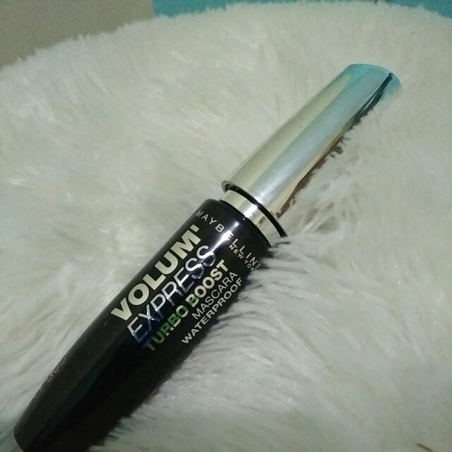Maskara Maybelline Volume Express