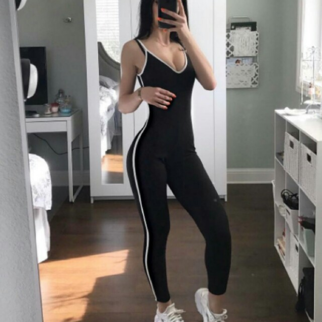 NAME A PRICE 😊 Slim sport one piece body suit romper