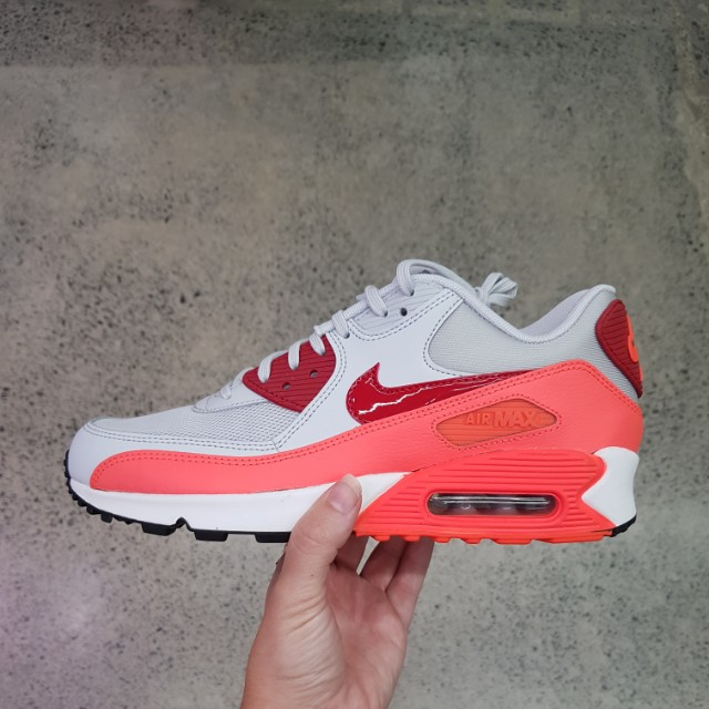 Nike Air Max 90 wmns size 10us