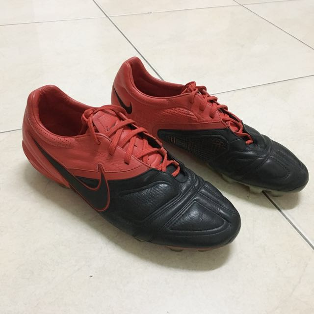 Nike CTR360 Maestri FG UK9.5