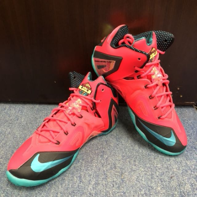 d97133adf893 Nike LeBron 11 Elite Hero collection