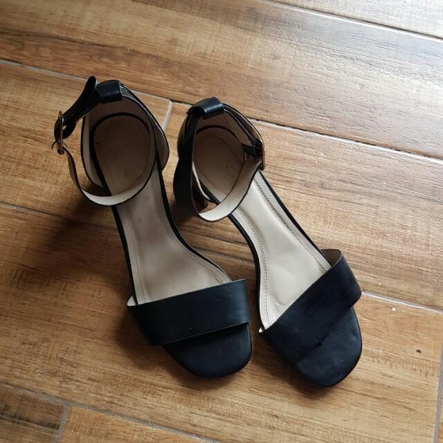 Parisian Block Heel Black size 8 womens