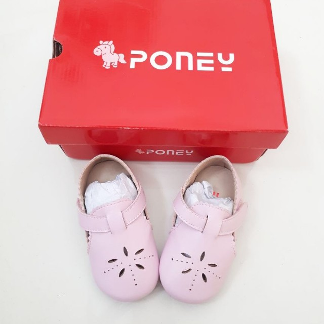Poney shoes pink