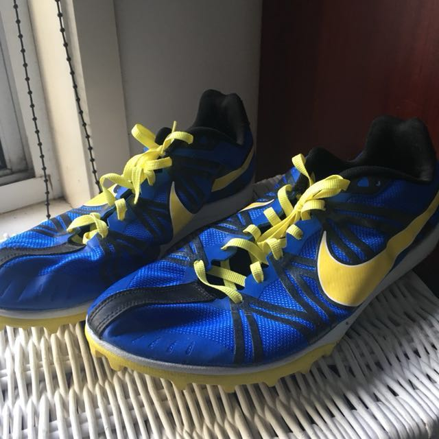 PRICE DROP NIKE track and field shoes zoom waffle racers