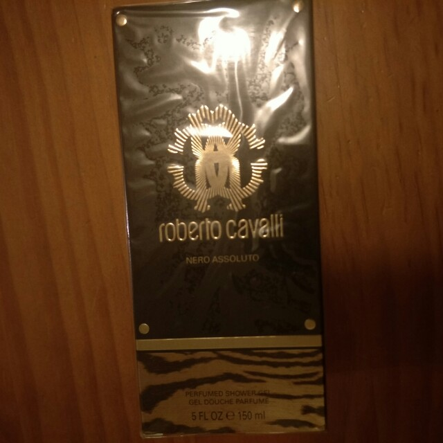 Roberto Cavalli Nero absoluto perfumed shower gel