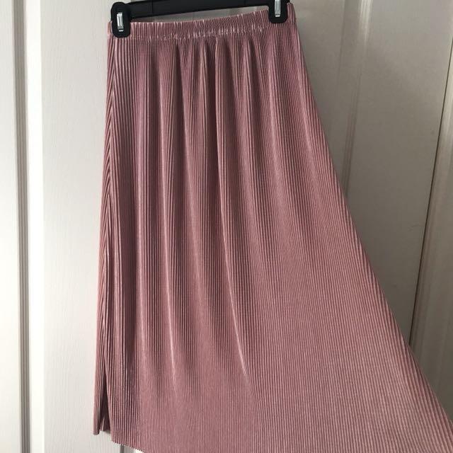 Rose Accordion Midi Skirt Sz S