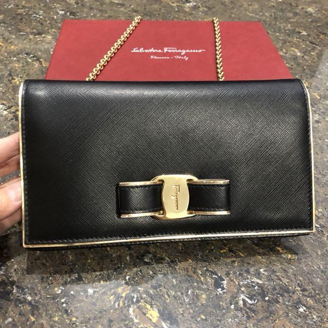 Salvatore ferragamo miss vara black limited edition with gold lining