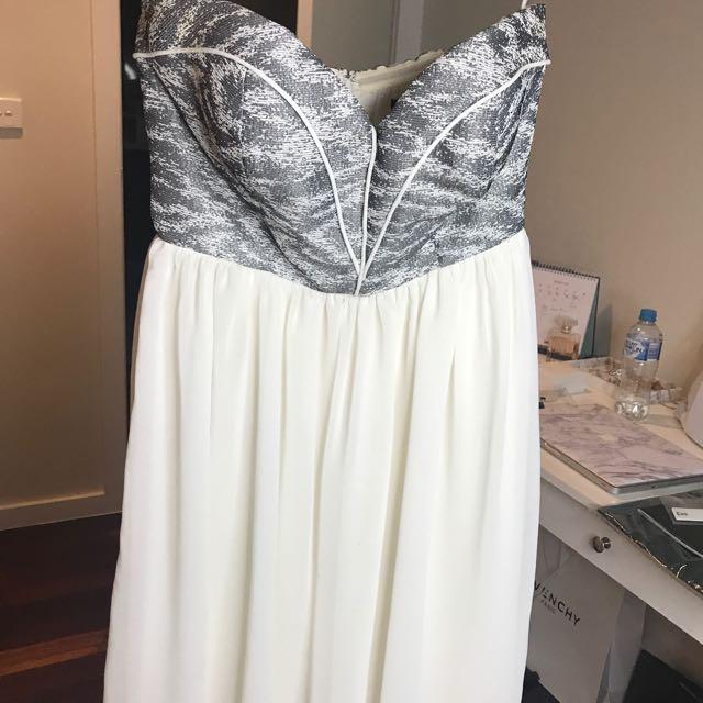 Seduce white/silver strapless dress