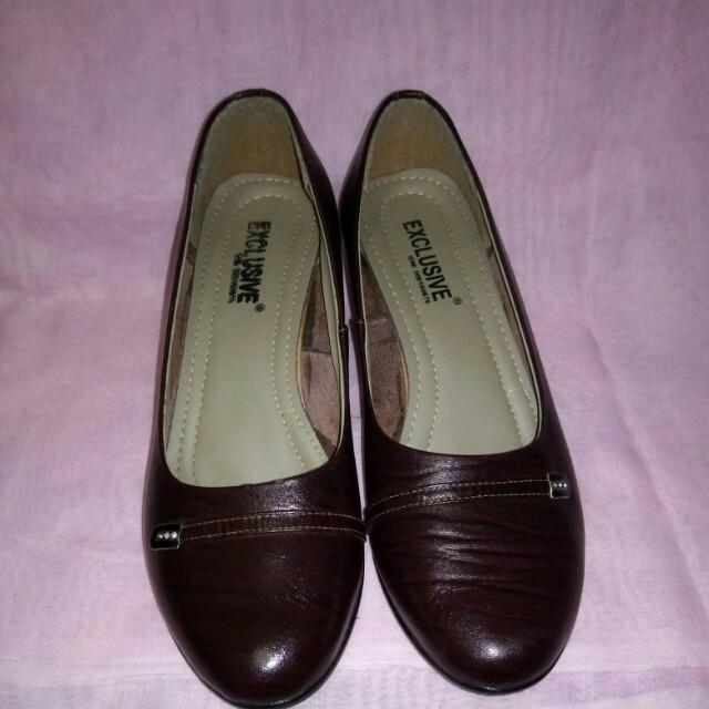 Sepatu Pantopel size 39