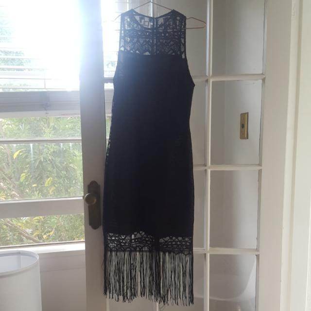 Size 8 Flapper Style Dress Fringing And Lace