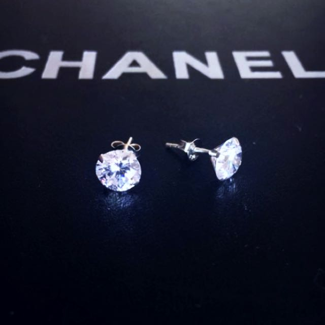 Sterling silver 925 diamond look studs