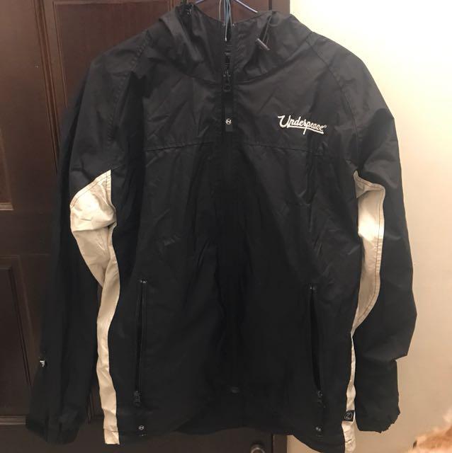 《二手》Underpeace黑色風衣外套