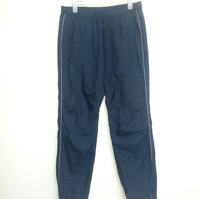 98bb8dc68ceea9 UNIQLO fleece, Sports, Athletic & Sports Clothing on Carousell