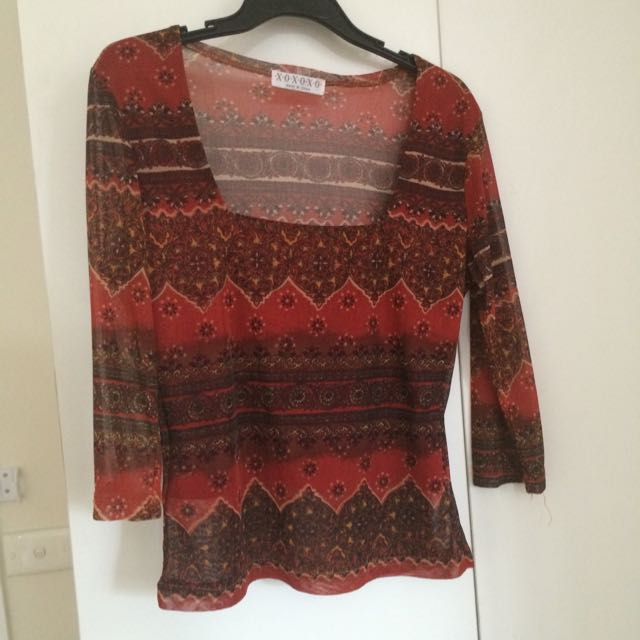 Vintage Red Fitted Long Sleeve Top