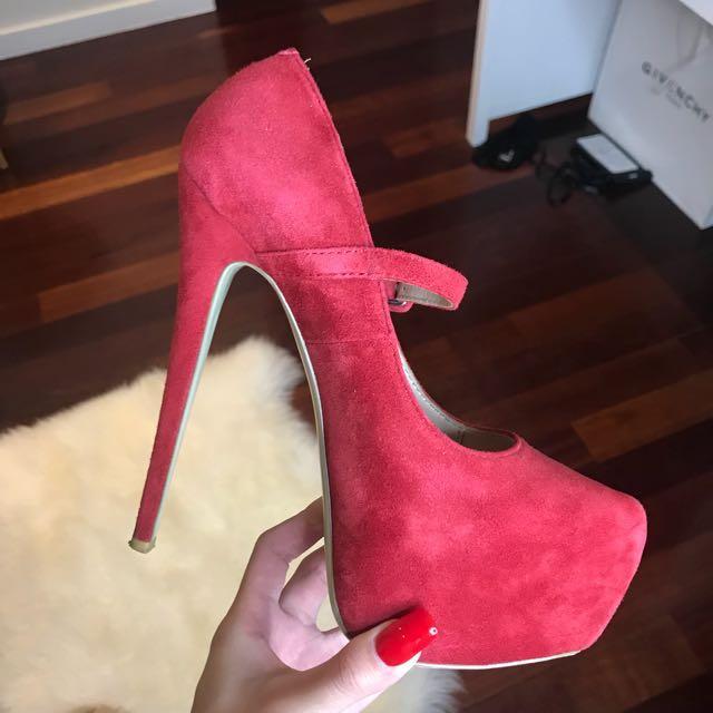 ZU 18cm red pumps