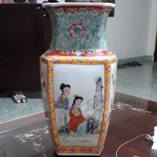 Antique vase of earlie 1900s the beauty beauty / No dealers