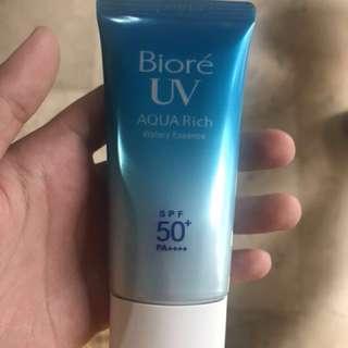 Biore UV Aqua Rich (watery essence)