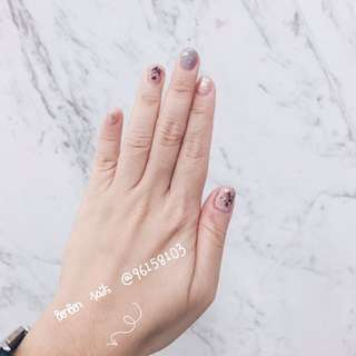 Home based manicure (dried flower)