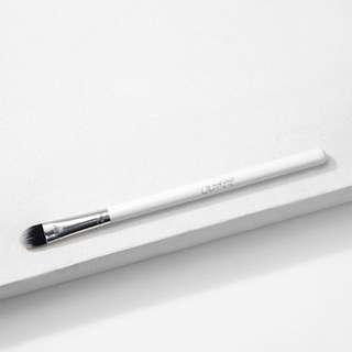 Medium Shader Brush