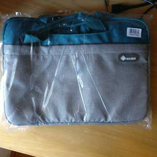 "AGORA Laptop Bag for 13"" notebook"