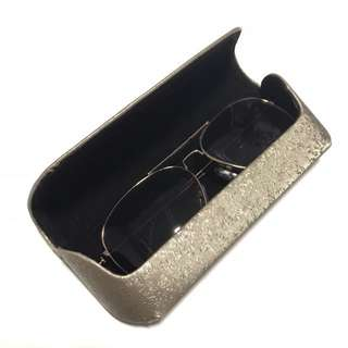 LAST PIECE! * BRAND NEW Shades Case In Silver