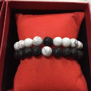 Distance bracelet set (howlite + lava rock)