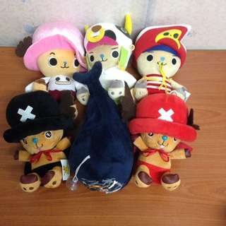 One Piece set of 6 - 5 characters (15cm+) and one shark (26cm)