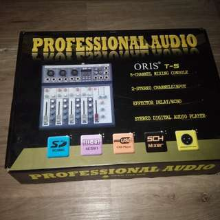 Oris T-5. 5 channel mixing console