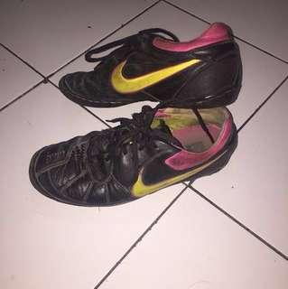 Sepatu Futsal Nike zoom 5 (ORI) bahan kulit kangguru