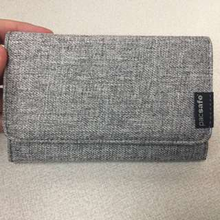 Pacsafe RFIDsafe LX100 tweed trifold ladies wallet