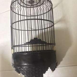 Puteh Cage Banji