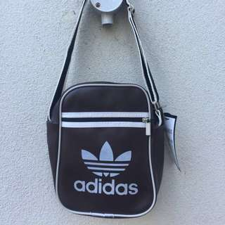 Vintage adidas cross body bag