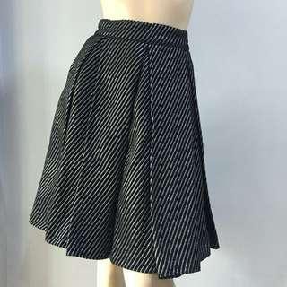 Black glittery skirt