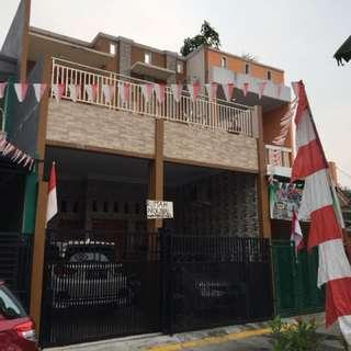 Dijual Cepat Rumah - Lokasi Strategis di Jakarta Barat