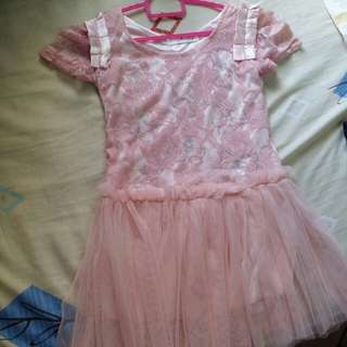 Girl dress -suitable for dress up