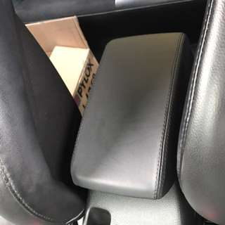 Evo 9 arm rest genuine leather / alcantara wrap