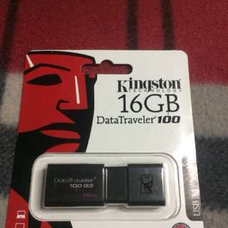 Kingston flash drive 16gb
