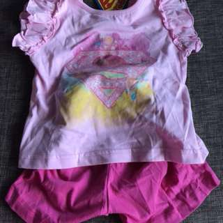 BNWT Superbaby T-shirt and Shorts set(3Y)