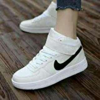 Nike shoes sisa 1psg,size 38