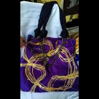 Princess by VERA WANG Purple tote bag with chain detail in strap