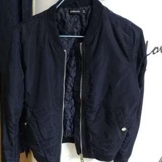 名牌夾麵綿飛機褸外套長興款深藍色全新大減價