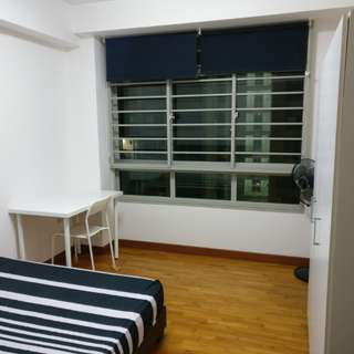 Common Room for rent in Punggol, walking distance to mrt, for single only