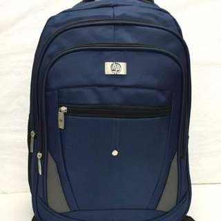 HP backpack size : 18 inches