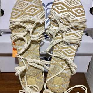 Authentic Roxy Mari Sandals White Size 8